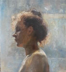 portret zijaanzicht jonge vrouw